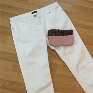 WILLI SMITH white denim Capri Pants